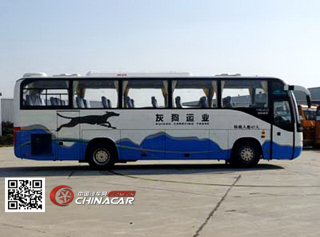 金龙牌KLQ6109QE3型旅游客车图片3