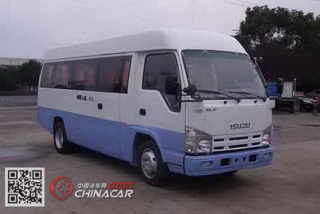 五十铃牌QL65903HAR型轻型客车图片1