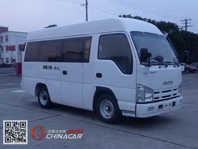 五十铃牌QL64903EAR型轻型客车图片1