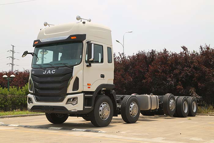 江淮牌HFC1341KR1T型载货汽车图片1