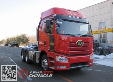 CA4250P66K24T1A4E5型解放牌平头柴油半挂牵引汽车图片1