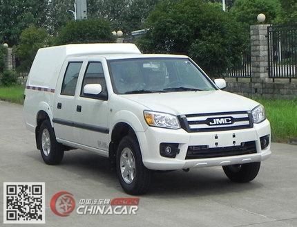 JX5030XXYMS5型江铃牌厢式运输车图片1