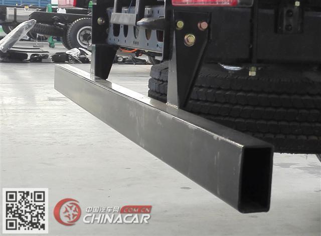 FD2043CCYW63K5-2型飞碟牌越野仓栅式运输车图片4