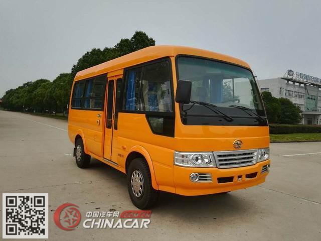 解放牌CA6600PFD80型客车图片1