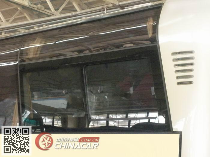 北方牌BFC6900L1D5型豪华旅游客车图片3