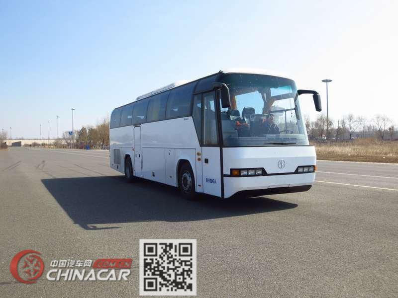 北方牌BFC6112L1D5型豪华旅游客车图片1