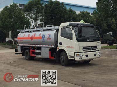程力威牌CLW5115GJYD5型加油车图片1