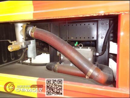 程力威牌CLW5186GQXD6型清洗车图片3