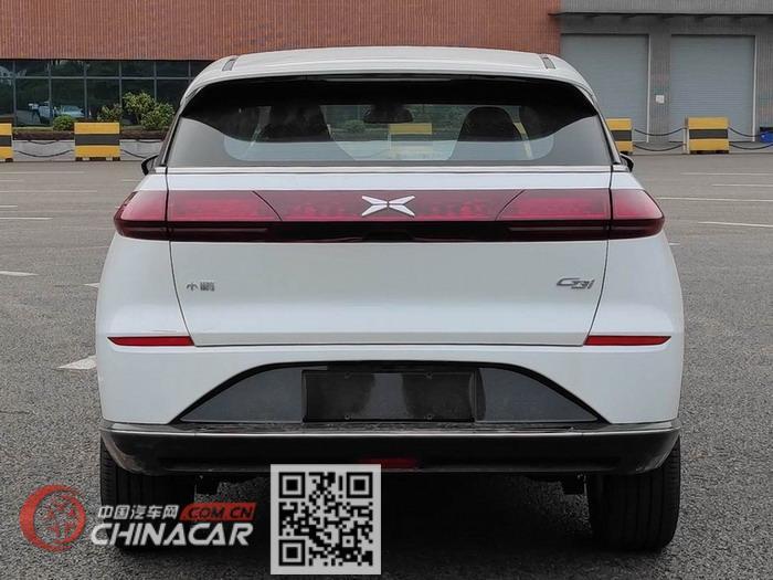 小鹏牌NHQ7000BEVDV型纯电动轿车图片3
