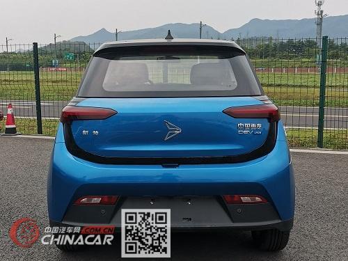 天琴牌YZ7001BEV型纯电动轿车图片3