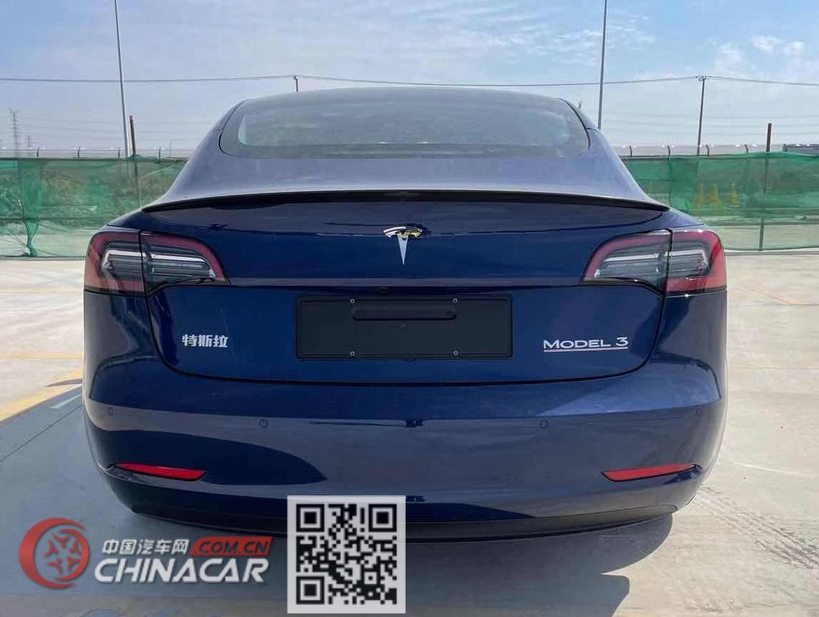 特斯拉牌TSL7000BEVBA3型纯电动轿车图片3