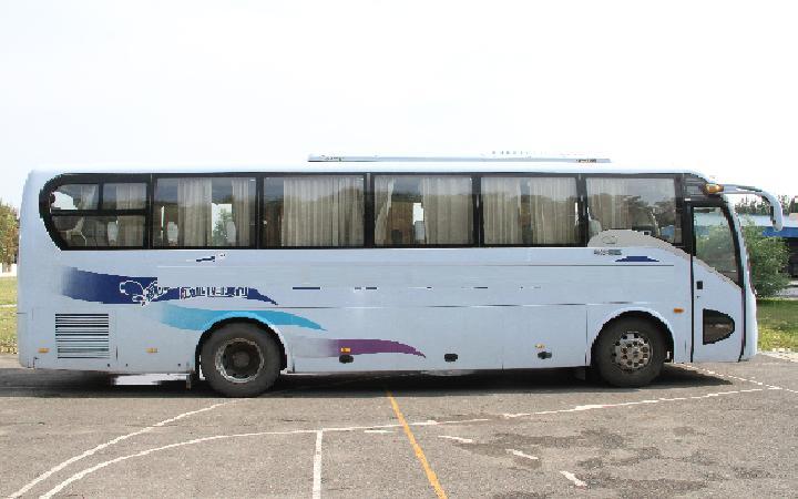 【哈尔滨】金龙牌客车 价格17万 二手车