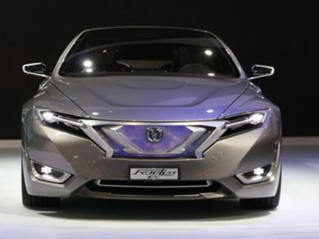长安概念轿跑惊艳上海车展 新能源车型剑指比亚迪