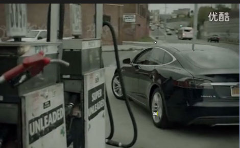 心酸加油枪被迫下岗 特斯拉全新创意广告视频