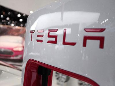 特斯拉2015年全球销量50580辆 开始交付Model X