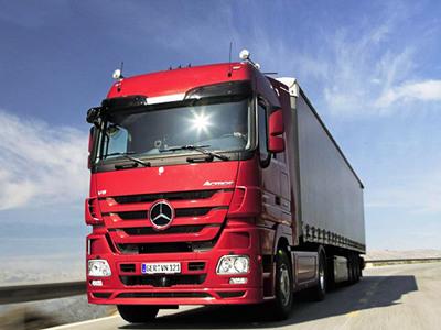 让开车变成享受 奔驰卡车自动驾驶路试