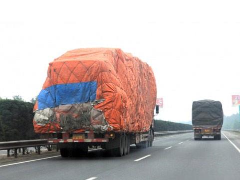 江西一年三次超载超限 将依法吊销运输证