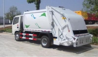 一台压缩式垃圾车多少钱