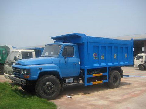 自卸式垃圾车性能使用特点