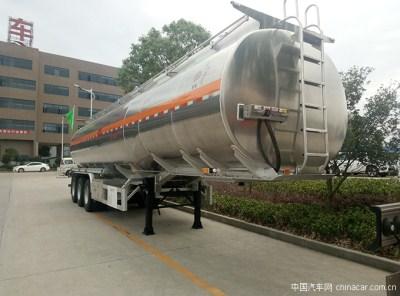 楚胜铝合金运油半挂车让运输更安全更高效!