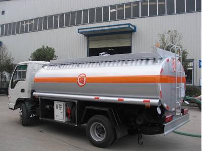 油罐车的功能及用途