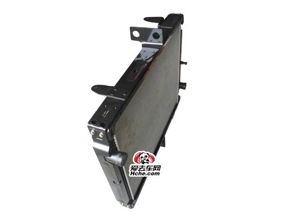 东风汽车配件 东风康明斯散热器总成1301060-T300