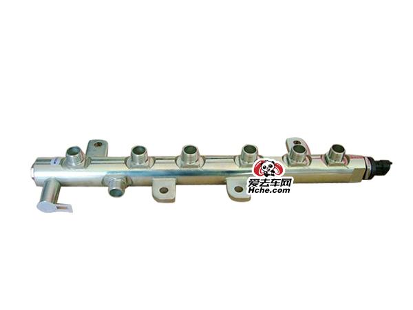 东风汽车配件 东风康明斯6缸ISDE发动机高压共轨管3977530