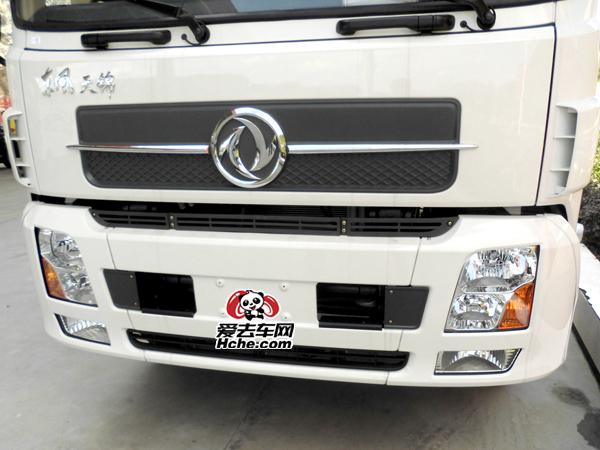 东风汽车配件 东风康明斯 天锦1代保险杠总成8406105-C1100