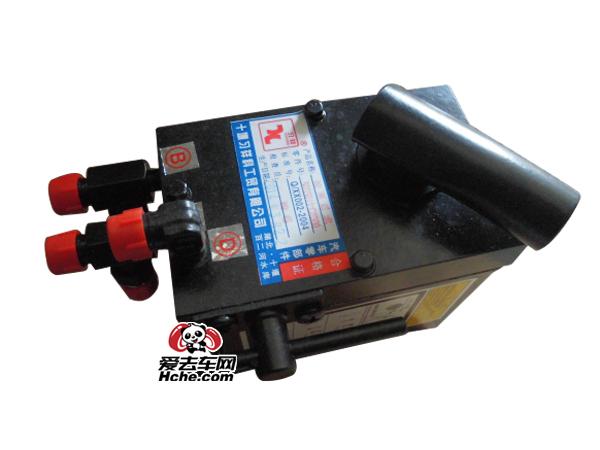 东风汽车配件 东风康明斯 天龙油泵5005011-C0300(3孔)