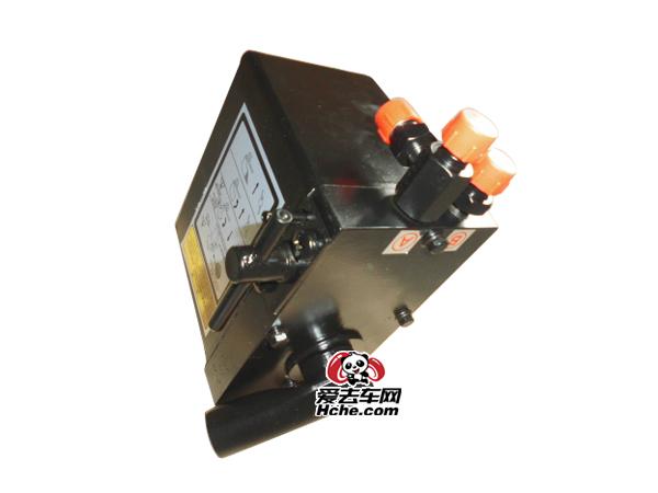 东风汽车配件 东风康明斯 大力神3孔油泵5005010-C0100
