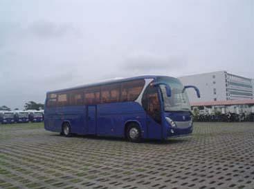 广通牌GTQ6122B3型大型豪华旅游客车图片