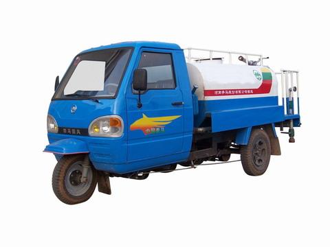 奔马牌7YPJ-1150GB型罐式三轮汽车图片