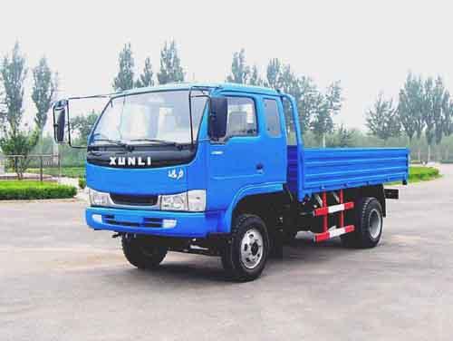 迅力牌LZ5815P型低速货车