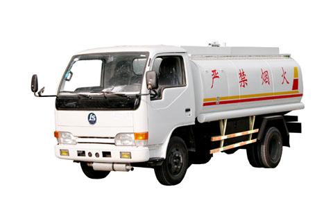 力神牌XC4015G型罐式运油低速货车图片
