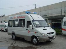 畅达牌NJ5048XJH3型医疗救护车图片