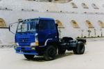 十通单桥平头柴油牵引车211马力(STQ4150L2A6)