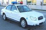 北京现代牌BH5020XQCMWE型囚车图片