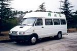 依维柯牌NJ5046XTX2型依维柯通讯车