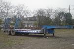 川路牌CGC9230TDP型低平板半挂车