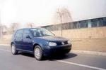 高尔夫(GOLF)牌FV7164(GOLF)型轿车图片