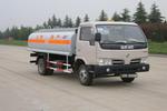 东风牌EQ5070GYY51DAC型油罐车图片