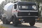 北方奔驰牌ND5251GJBZ型混凝土搅拌运输车图片