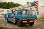 锦重牌JZX5130TCS5型测试井架车图片