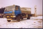 哈勒牌JHL5140GHY型化工液体运输车