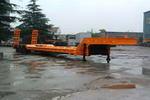 申宝牌SB9400AF4D3型低平板半挂车