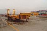 鲁驰18.5米15吨3轴低平板半挂车(LC9300TDP)