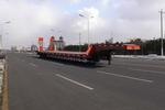 三威17.7米24吨3轴低平板半挂车(WQY9381DP)