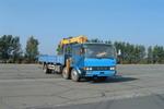 解放牌CA5165JSQA70型6X2平头柴油随车起重运输车图片
