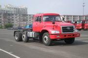 解放牌CA4250K2R5T3E型长头柴油半挂牵引汽车图片