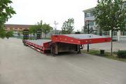 颜山14米28.4吨4轴低平板半挂车(BSQ9400TDP)